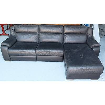 Black Leather Electric Reclining Lounge Setting