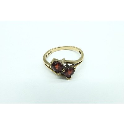 9ct Yellow Gold Ring With Two Heart Shaped Garnets