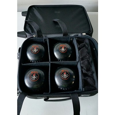 Henslife Bowling Set