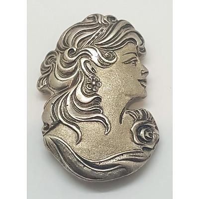 Art Nouveau Style Pin