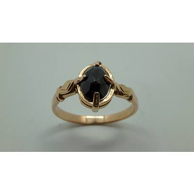 9ct Yellow Gold And Onyx Ring
