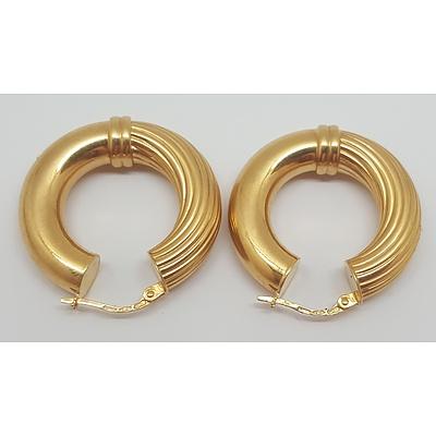 9ct Yellow Gold Earrings Made by Italian Jewellers Unoaerre