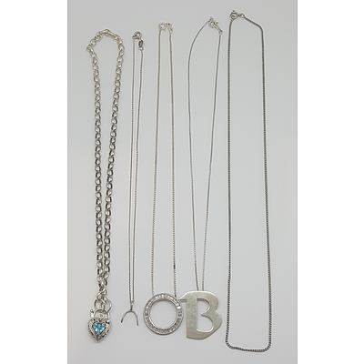 Quantity of Assorted Sterling Silver Jewellery