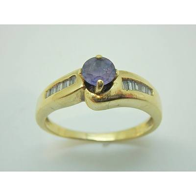 18ct Yellow Gold Ceylon style Sapphire and Diamond Ring