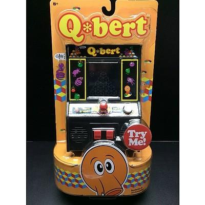 Mini Arcade Table Top Game - Qbert