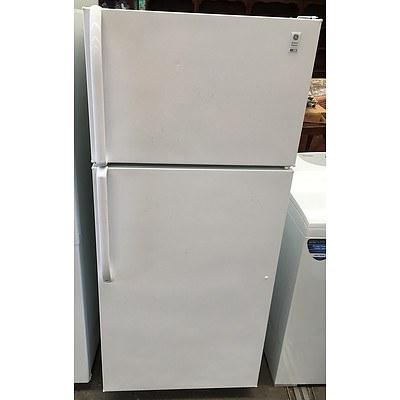 General Electric 486L Fridge-Freezer