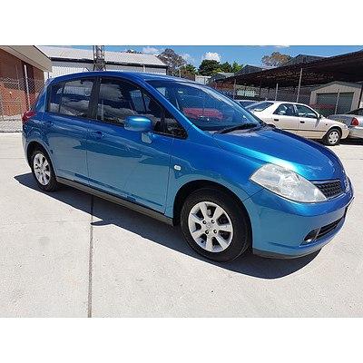 5/2006 Nissan Tiida Q C11 5d Hatchback Blue 1.8L