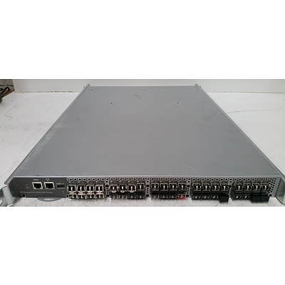 HP StorageWorks AM869A 8/40 SAN 40-Port Full Fabric Switch