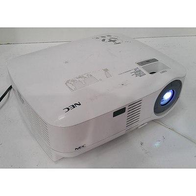 NEC VT49 SVGA 3LCD Projector