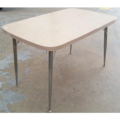 Retro Ash Veneer Fold-up Table