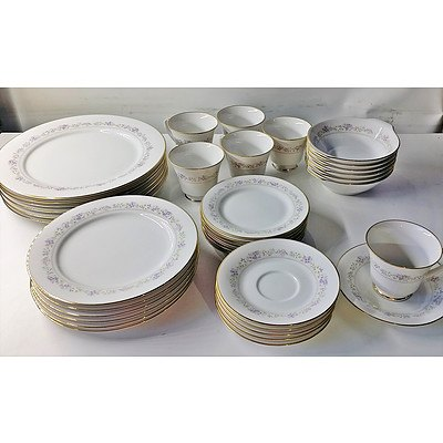 Noritake Lilac Time Six Person Dinner Set