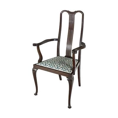 Arts and Crafts String Inlaid Maple Chair with Cabriole Legs and Fretted Splat Early 20th Century