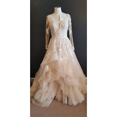 Essence  Sleeved Tulle Wedding Dress - Size 14