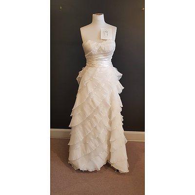 Martina Liana Designer Wedding Dress - Size 10 - Ex Display Gown