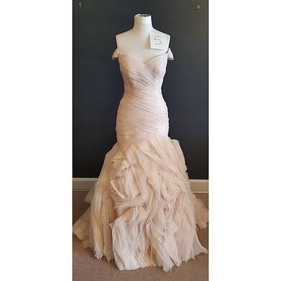 Essence  Bold Wedding Dress - Size 14