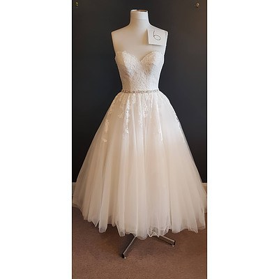 Stella Yorke Short Wedding Dress - Size 10