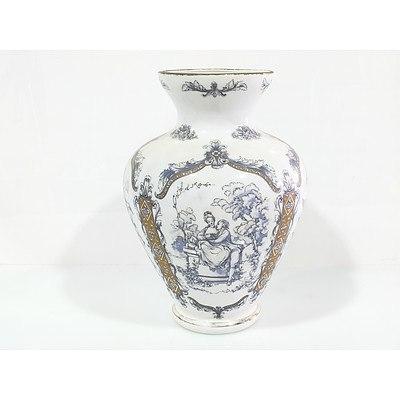 Italian Renaissance Decorated Vase