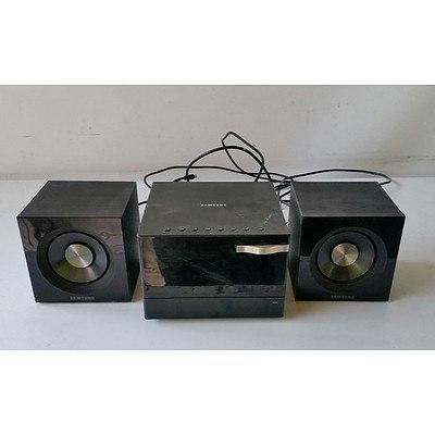Samsung MM-D320 Speaker Set