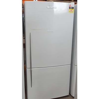 Fisher and Paykel 520 Litre Refrigerator with Bottom Mount Freezer
