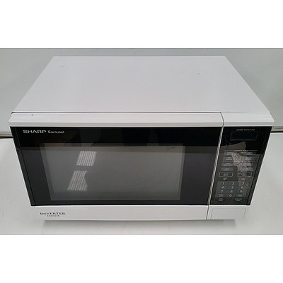 Sharp Carousel 1100W  Microwave