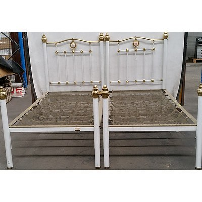 Pair of Vintage Single Beds with Painted Porcelain Medallions and Brass Finials