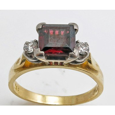 18ct Gold & Platinum Garnet Ring