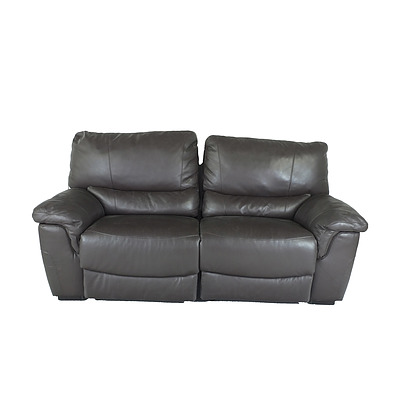 Brown Leather Reclining Lounge Setting