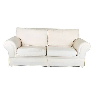 Companion Three-Seater and Two-Seater Molmic White Fabric Upholstered Lounges