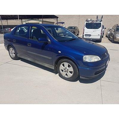 10/2003 Holden Astra CD TS 4d Sedan Blue 1.8L