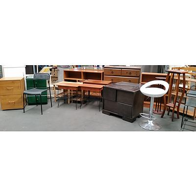 Various Pieces of Household Furniture - Lot of 20
