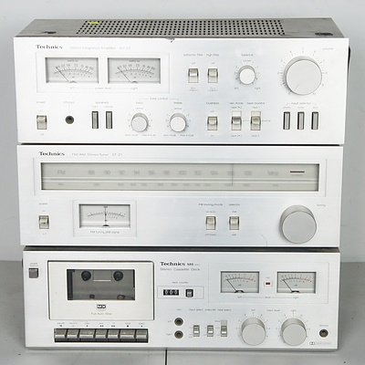 Vintage Technics Stereo System with Speakers