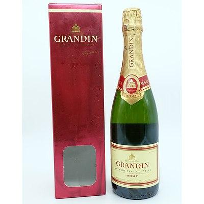 Grandin Methode Traditionnelle Brut Sparkling Wine 750ml