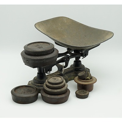 Beatrice Set of Scales with Various Weights