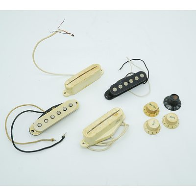 4 Single Coil Pickups and Guitar Knobs