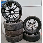 Set Of Four 22 Inch and Pair of 20 Inch Alloy Wheels With Tyres