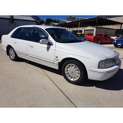 2/1999 Ford Fairlane GHIA AU 4d Sedan White 4.0L