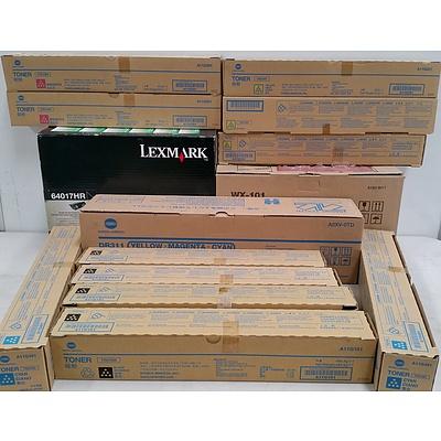Lexmark and Konica Minolta Genuine Toner Cartridges,  Waste Toner Box and Drum Unit-  Lot of 14