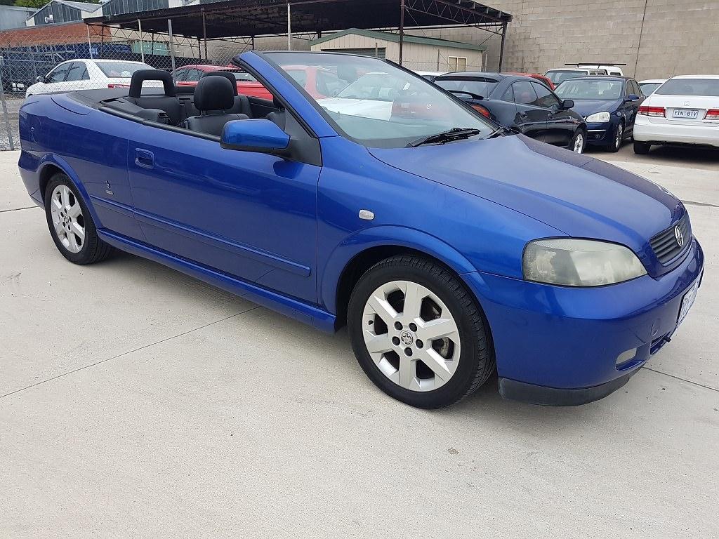 6  2002 Holden Astra Convertible