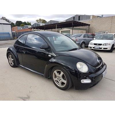 3/2000 Volkswagen Beetle 2.0 9C 3d Hatchback Black 2.0L