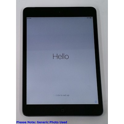 Apple (A1455) 7.9-Inch GSM Space Gray 16GB iPad Mini - Lot of Two