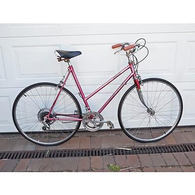 Retro Ladies Speedstar Bike