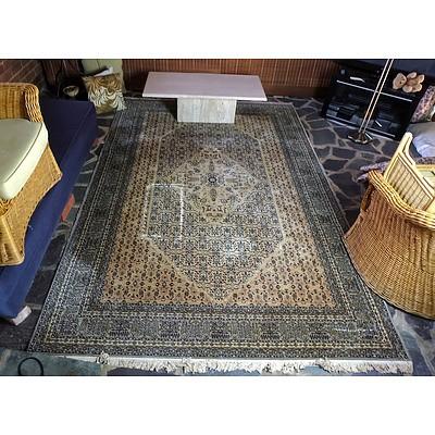 Machine Woven Persian Style Rug