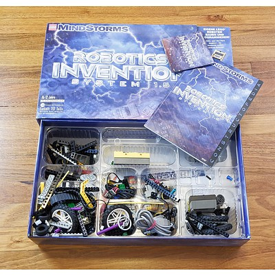 Lego MindStorm Robotics Invention System 1.5 In Used Condition