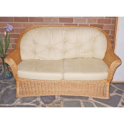 Wicker Settee to Match Armchairs in 28303-5
