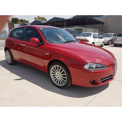 11/2009 Alfa Romeo 147 1.9 JTD MY09 4d Hatch Red 1.9L