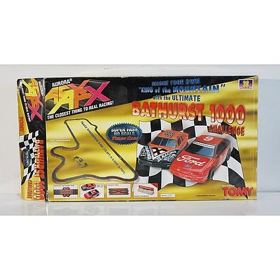 Tomy Bathurst 1000 Challenge Slot Cars and Track Set