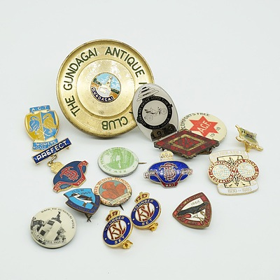 Group of Antique and Vintage Pins, including The Gundagai Antique Motor Club and All Comforts Free 1919
