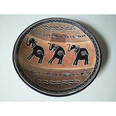 "Handpainted """"Elephant"""" Soap Stone dish (Made in Namibia)"