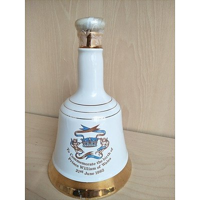 Bell's Whisky Commemorative decanter - Birth of Prince William of Wales (sealed, never opened)