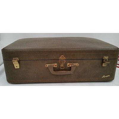 Retro Suitcase, 2 Handbags,Flatbed Scanner